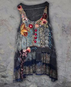 RESERVED for JUDY---Vagabond, bohemian romantic tunic, lagenlook, hand beaded and embroidered altered with antique laces, vintage trims Gypsy Style, Bohemian Style, Boho Chic, My Style, Shabby Chic, Vetement Hippie Chic, Mode Boho, Altered Couture, Altering Clothes