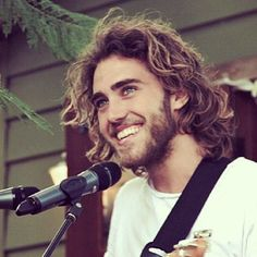 Matt Corby. Fantastic musician/singer/songwriter. Super attractive. I'm in love.