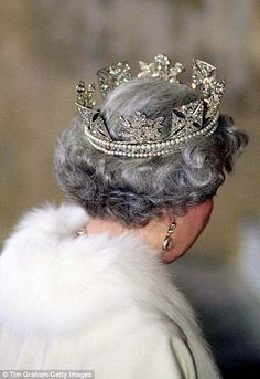 There are 1,333 diamonds, though it was shrunk by Queen Alexandra in 1902, who removed 11 diamonds to fit her smaller head! The Queen Mother also had it resized.