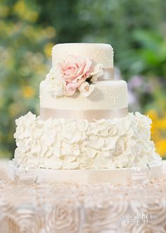 Wedding Cake At Whitehall Louisville KY Photo By David Blair Photography