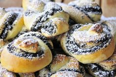 The perfect poppyseed recipe with simple step-by-step instructions: Me . German Cake, Austrian Recipes, German Recipes, Cupcakes, Recipes From Heaven, World Recipes, Mini Cakes, Let Them Eat Cake, Superfood