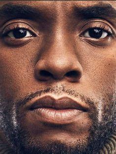 Black Panther King, Black Panther Marvel, Black Panther Chadwick Boseman, Manado, My Black Is Beautiful, Beautiful Men, Black Actors, Raining Men, Afro