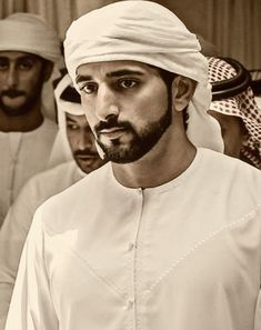 Royal Family Pictures, Handsome Arab Men, Prince Mohammed, Performance Evaluation, Love You Very Much, Sweatpants Outfit, Handsome Prince, Royal Prince, My Prince Charming