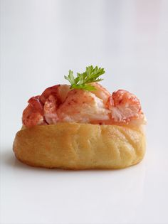 Wedding Hors d'oeuvres - mini lobster roll by Peter Callahan Catering