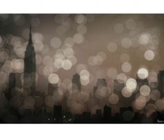 Really cool lens-flare-y wall hanging of the New York City skyline. I actually like this a lot.