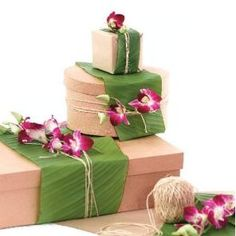 i like the leaf and flower wrapping idea