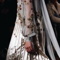 detail / valentino spring17 couture