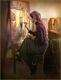 Храм иконы Нечаянная радость A woman at an icon-painting school in Dubna, Russia.