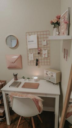 My home office lipstick and bows, bows home office . - My home office lipstick and bows, Home o Study Room Decor, Cute Room Decor, Teen Room Decor, Room Ideas Bedroom, Home Office Decor, Diy Bedroom Decor, Home Decor, Office Ideas, Office Setup
