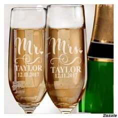 Couples Wedding Champagne Flute Set of The glass has a tall, slender shape which keeps the bubbles alive for longer, enhancing your experience of the or sparkling Wedding Champagne Flutes, Wedding Glasses, Champagne Glasses, Toasting Flutes, Wedding Toasts, Mr And Mrs Wedding, Wedding Anniversary Gifts, Wedding Gifts, Wedding Couples