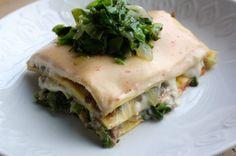 Lasagne met andijvie en gehakt | Francesca Kookt Pasta Recipes, Salad Recipes, Healthy Recipes, Healthy Food, I Want Food, Cook At Home, Spanakopita, Pasta Dishes, Lasagna