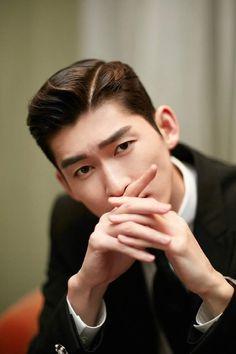Trương Hàn Modern Gentleman, Handsome Actors, China, Korean Dramas, Asian Actors, Actor Model, Taiwan, Actors & Actresses, Idol