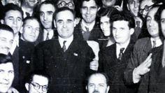 Comunismul a început în România printr-o mare minciună, model impus de URSS Interesting Reads, Che Guevara, Reading, Model, Scale Model, Reading Books, Models