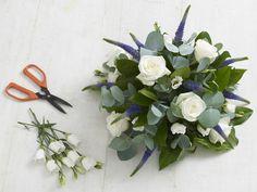 Great tutorial on flower arrangements! Save money on florists!