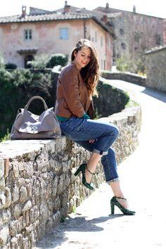 giacca di pelle | jeans | outfit | Il borro | relais | hotel | SPA | ferragamo | toscana | vacanze | irene colzi | irene closet | fashion blogger |  Postina® Acacia