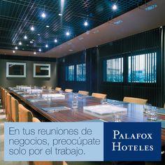 El acogedor Salón Japonés del Hotel Palafox, es uno de los más elegidos por nuestros clientes a  la hora de realizar su evento empresarial. Dispone de 65 m2  y se encuentra en el centro de Zaragoza. ¿Has estado alguna vez?