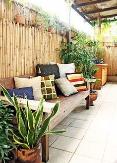 1000 images about tropical exotic garden on pinterest for Small lanai design ideas