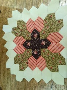 mylifeisastitch.blogspot.com My Lucy Boston Patchwork of the Crosses block
