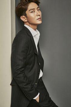 Lee Joon Gi 😍😍😍 a di lui ,dio cm fai a non innamorarti 😍😍😍😍 Park Hae Jin, Park Hyung, Park Seo Joon, Lee Jong Ki, Lee Dong Wook, Lee Joon Gi Wallpaper, Jun Matsumoto, Mark Bambam, Hong Ki