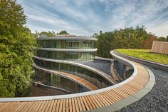 Edifício sustentável desmontável do banco Triodos recebe o BREAAM Outstanding #greenbuilding #arquitetura #arquiteturasustentavel #construcaosustentavel #edificioverde #BREAAM