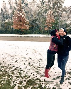 Tis the Season! #wonterstormbenji #winterwonderland #tistheseason #sisters #southern #louisianasnow