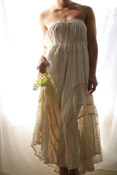 Rustic boho wedding gown - fabulous! I just love it <3.