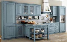 Голубая кухня в стиле прованс