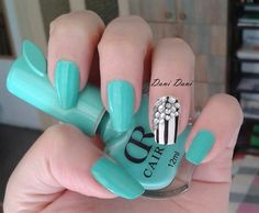 Sparkling stripes by DaniDani from Nail Art Gallery
