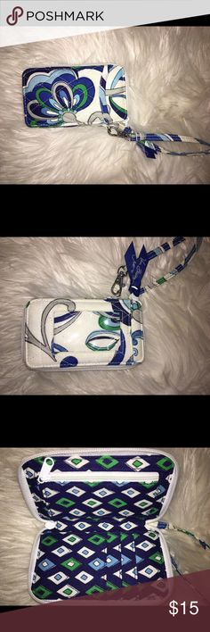 Vera Bradley Wristlet can fit credit cards, cash, and coins! perfect way to stay organized Vera Bradley Bags Clutches & Wristlets