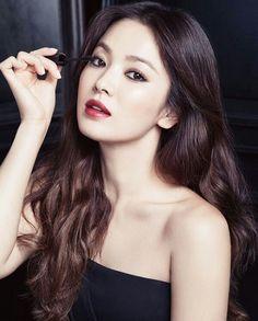 Song hye kyo for Laneige Song Hye Kyo, Korean Beauty, Asian Beauty, Kim Na Hee, Provocateur, Korean Actresses, Korean Celebrities, Korean Model, Beautiful Asian Women