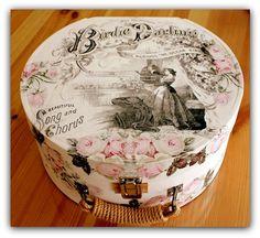 http://www.eceaymer.com/yuvarlak-canta-gullu-birdie-darling_568_detay
