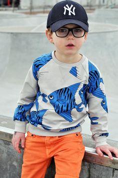 Paul & Paula kids design & lifestyle // fish sweater and orange pants
