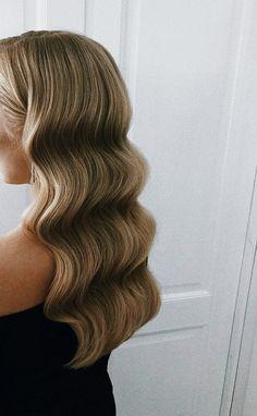 Balayage Hair Blonde, Brown Blonde Hair, Golden Blonde, Blonde Wig, Blonde Highlights, Chunky Highlights, Color Highlights, Hair Inspo, Hair Inspiration