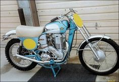 Motocross Bikes, Vintage Motocross, Brat Cafe, Motorcycle Engine, Vintage Iron, Amazing Pics, Sidecar, Road Racing, Ducati