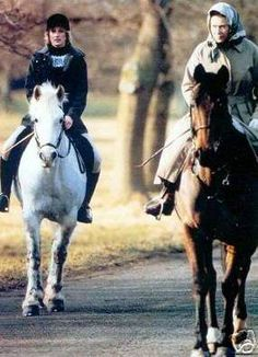 Rare photo of Princess Diana out riding with Queen Elizabeth