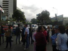 La Crisis en #Venezuela: hoy lunes 29 de enero de 2018, continúan #Protestas callejeras de toda índole por descontento y #Hambre en #Caracas y Principales Ciudades del País que se encuentra #Colapsado y en #CAOS     Más detalles por el #Twitter      (*) @CESCURAINA/Prensa en Castellano en Twitter