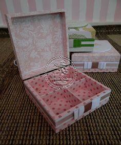 Tudo em Caixas - Caixas em MDF e Tecido (67)3211-7767: Caixas Casamento - Damas e Pajens (0151LB) com saquinhos para guloseimas - Joana & Adalberto