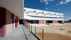 Escuela de color | Pep Ripoll y Juan Miguel Tizon - Binissalem (Mallorca) #architecture