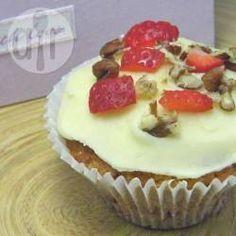 Strawberry cupcakes with mascarpone buttercream icing @ allrecipes.co.uk