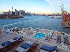 Queen Mary 2 - Public Venues — Itinerant Spirit