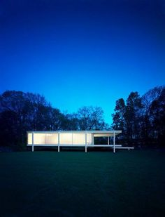 Farnsworth House by Mies van der Rohe : A personal Favorite!!