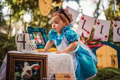 Smash the cake Alice no país das maravilhas da Alice | Fotógrafos Profissionais para ensaios e eventos e outros