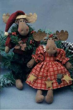 Christmas Moose, Christmas Sewing, Christmas Projects, Christmas Crafts, Christmas Decorations, Christmas Ornaments, Sewing Stuffed Animals, Stuffed Animal Patterns, Craft Patterns