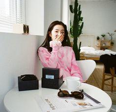Seulgi, Just Beauty, Red Velvet Irene, Trending Videos, Kpop Girls, We Heart It, Stylists, Pretty, Velvet Wallpaper