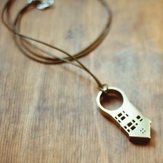 Fancy - San Fran House Ring Necklace
