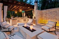 38 The Best Summer Kitchen Outdoor Ideas For Your Backyard Outdoor Rooms, Backyard Design, Outdoor Decor, Modern Outdoor Kitchen, Patio Design, Outdoor Kitchen Grill, Rectangular Fire Pit, Outdoor Fireplace, Outdoor Design