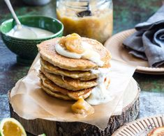 Hotcakes are taken to a delicious new level in this tasty recipe. Oaty, vanilla laced hotcakes are served with a sweet and fragrant feijoa and apple sauce for an autumn breakfast the whole family will love Fruit Recipes, Dessert Recipes, Cooking Recipes, Desserts, Recipies, Apple Tea Cake, Strawberry Compote, Smoked Cheese, Fall Breakfast
