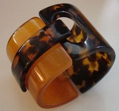 Faux Tortoise Shell & Apple Juice Lucite Clamper Cuff Bracelet