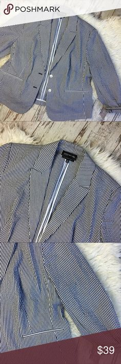 Black and White Stripe Blazer great condition Jones New York Jackets & Coats Blazers