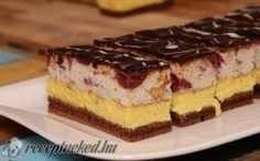 Fantasztikus szelet -- receptneked.hu Hungarian Cuisine, Hungarian Recipes, Hungarian Food, Cheesecake Pops, Cake Recipes, Dessert Recipes, Wedding Desserts, Cake Cookies, Love Food